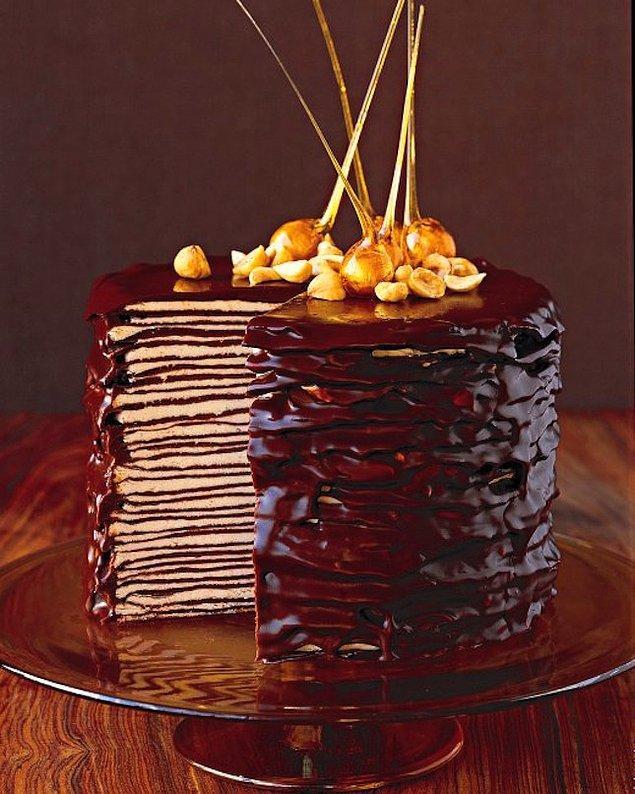 11. Sıra geldi tatlılara... Bol bol çikolata ve krep mükemmel  ikili bu olsa gerek!