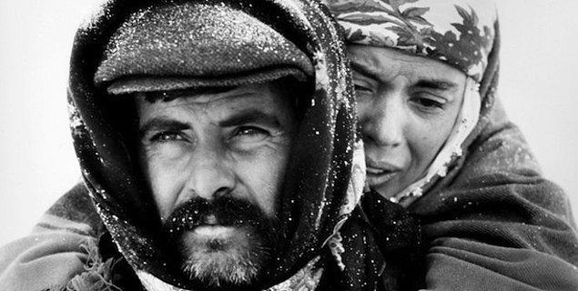 14. Gelelim yurtdışında göğsümüzü kabartan sinemacılarımıza; hangi yönetmenimiz Cannes Film Festivali'nde ödül almamıştır?