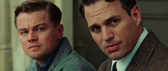 """21. """"Hangisi daha kötü olurdu; bir canavar olarak yaşamak mı, yoksa iyi bir insan olarak ölmek mi ?"""""""