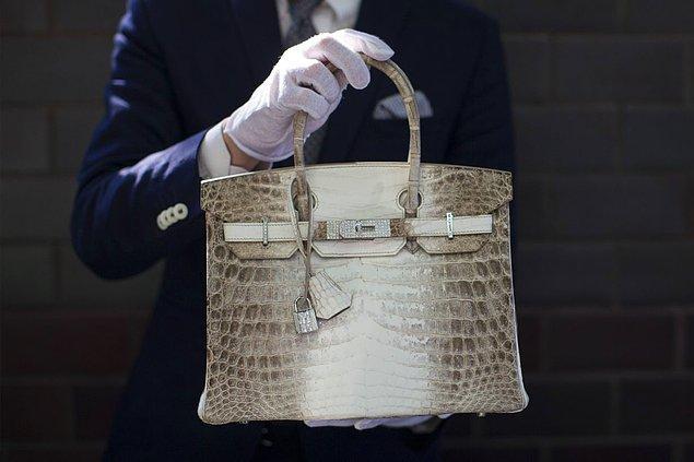 Bir yatırım aracı olarak altın yerine Hermès Birkin çanta almanızı önersek, buna ne derdiniz?