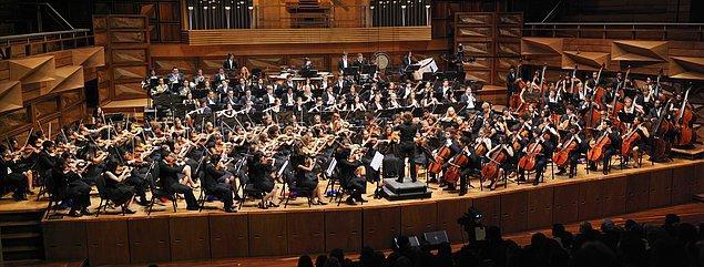 Festivalin yabancı yerleşik orkestrası Varşova Filarmoni Orkestrası iki ayrı konserle festivalde