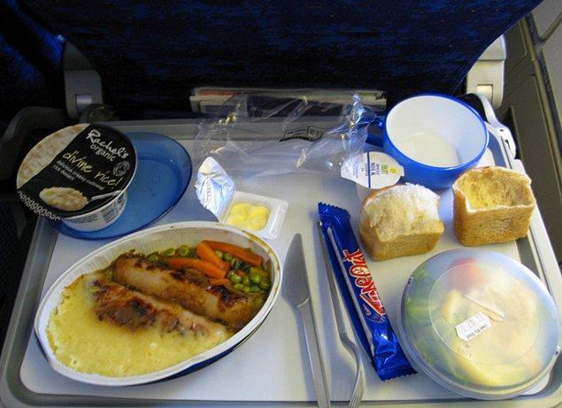 9. British Airways'de ekonomi sınıfı yemek: