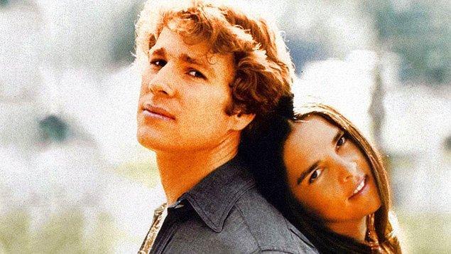 Başrollerini güzel mi güzel Ali MacGraw ile yakışıklılığıyla dönemin tüm kadınlarını kendine aşık eden Ryan O'Neal paylaşmıştı.