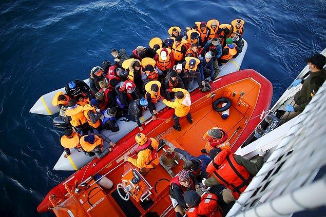 Türk Sahil Güvenliği'nin insanlık nöbeti