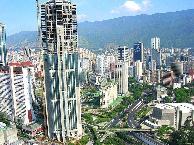 2. Venezuela'nın gelişmişliği ile ünlü Caracas kenti de ilk bakışta yaşamak istediğiniz bir yer gibi görünebilir.