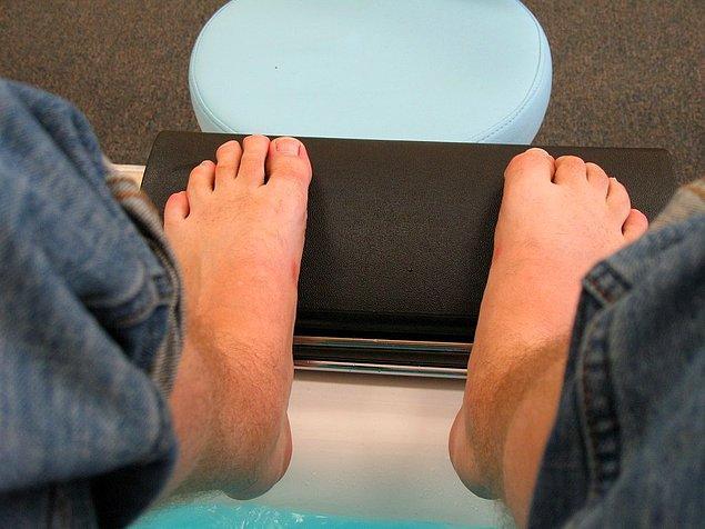 9. Ayak parmaklarınızı çekin