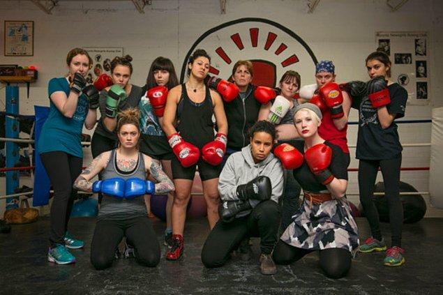 Nedeni mi? Toronto Newsgirls adlı kadın boks kulübü!