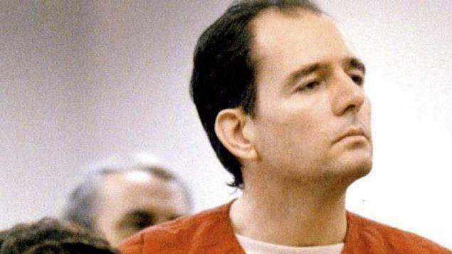 8. Danny Rolling, 8 kişiyi öldürmekten yargılandı ve idama mahkum edildi.
