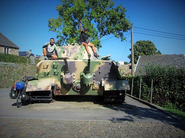 10. Belçika - Terkedilmiş Panzer Tankı