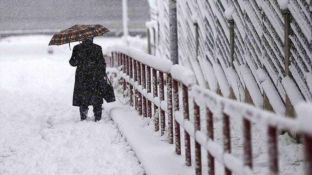 Çanakkale ve Balıkesir'de yoğun kar yağışı