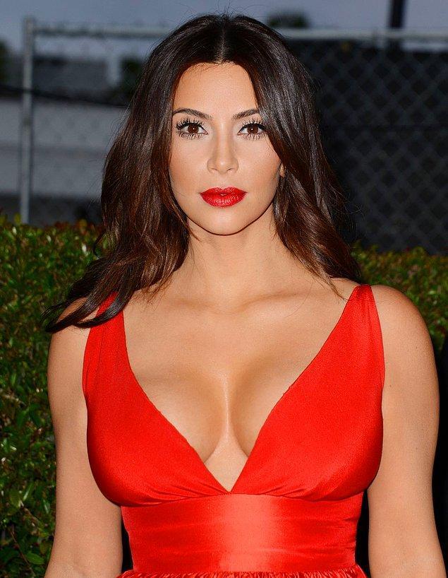 Kontür kraliçesi Kim Kardashian vücut kontürünün hakkını verenlerden.