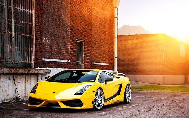 13. Son Olarak Süper Bir Lamborghini
