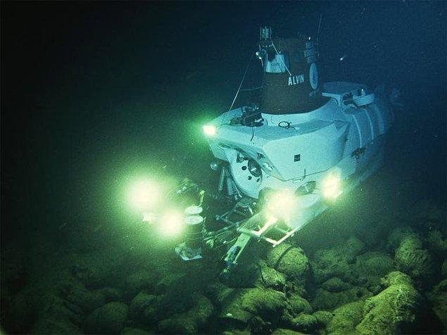 11. Elektrikli denizaltı