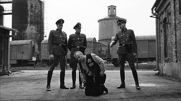 1. Schindler'in Listesi / Schindler's List (1993)
