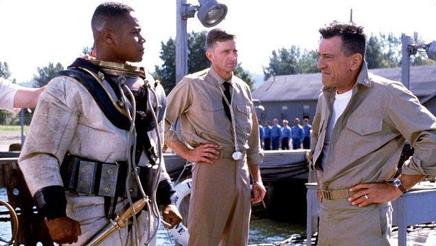 39. Onurlu Bir Adam / Men of Honor (2000)