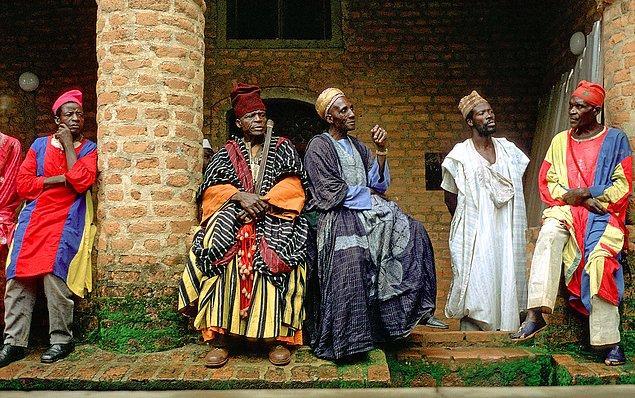 21. Kamerun, Türkiye'den vize istemiyor, gidin ve bu Rönesans insanlarını görün.