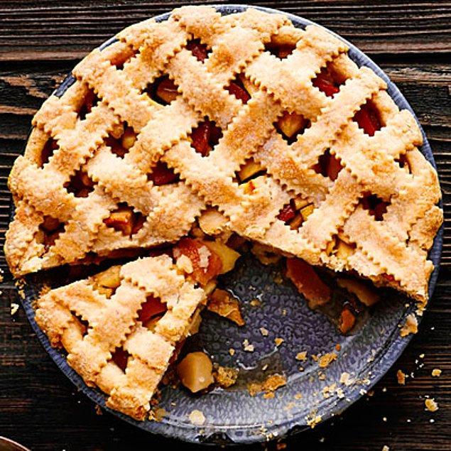 11. Ayvaları iki gevrek hamur arasına hapsedip enfes bir tatlı yapabilirsiniz.