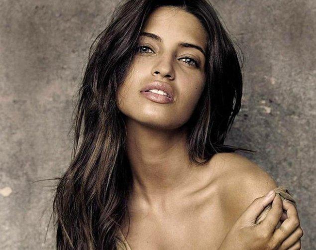 2. Sara Carbonero