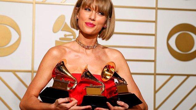Swift ayrıca En İyi Pop Vokal Albümü ve En İyi Müzik Videosu ödülünü kazandı