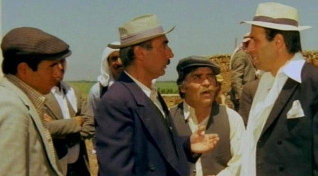'Davutoğlu'na Köyden İndim Şehire, Sahte Kabadayı filmleri ya da Kibar Feyzo'daki Maho Ağa'yı incelemesini öneriyorum'