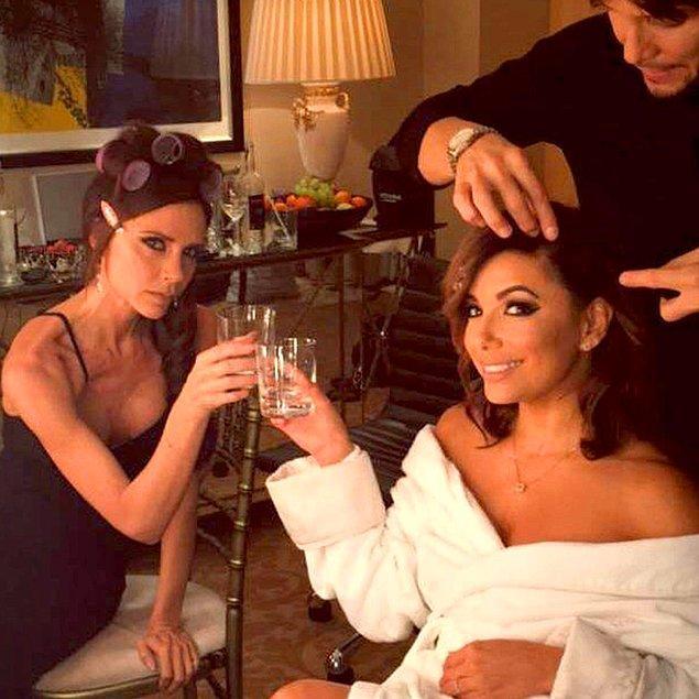 Victoria Beckham en yakın arkadaşı Eva Longoria için ilk gelinliğini tasarlıyor!