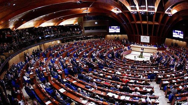 8. Avrupa Konseyi Parlamenter Meclisi, Avrupa Konseyi üyesi ülkelerin parlamenterlerinin katılımıyla oluşturulan bir parlamento.