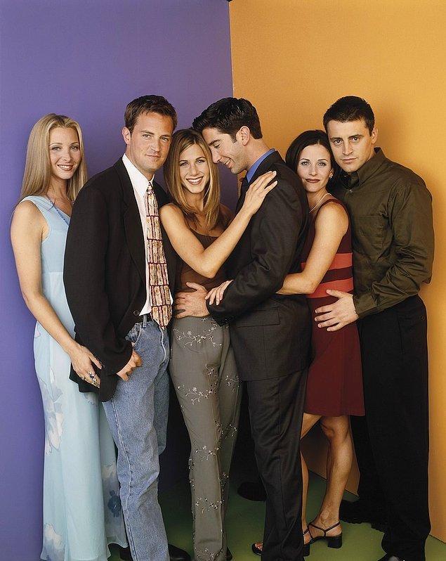 Ross ve Rachel ellerini birbirinden çekemiyor gibi.