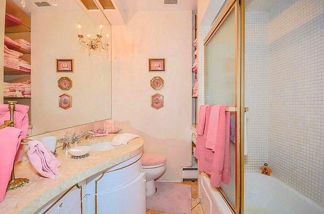 Ванная комната на верхнем этаже.