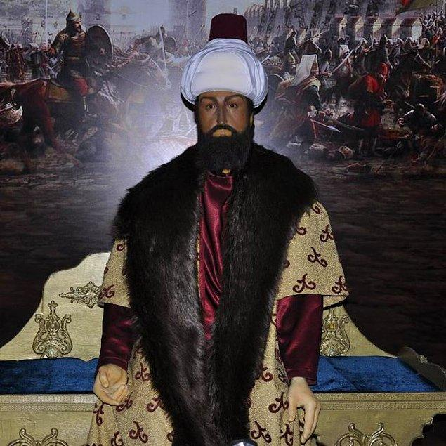 3. Rengi kararmış Fatih Sultan Mehmet