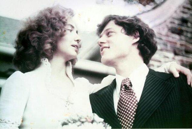 3. Bill ve Hillary Clinton'ın düğün pozlarından biri, 1975.