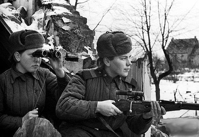 6. 2. Dünya Savaşı sırasında Sovyet Ordusu'ndaki kadınlar