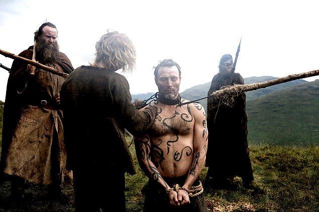 10. Vikinglerin en büyük gelir kaynağı köle ticaretiydi.