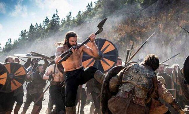 2. Avrupa'da derebeyliklerin Viking saldırıları sonucunda güç kazandığı düşünülmektedir.
