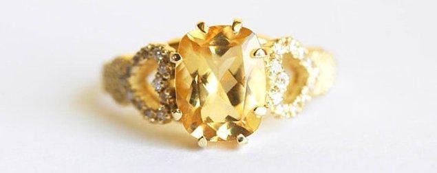 6. Görkemli altın beril taşı: