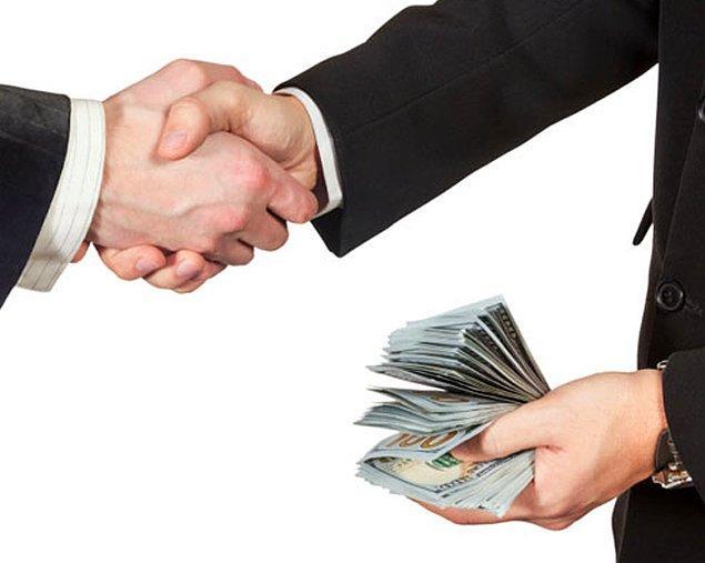4. Pazarlıkta elini güçlendirmek için ödemenin nakit yapılacağı söylenir.
