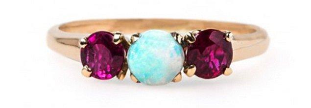 13. Opal ve yakut işlemeli bir başyapıt: