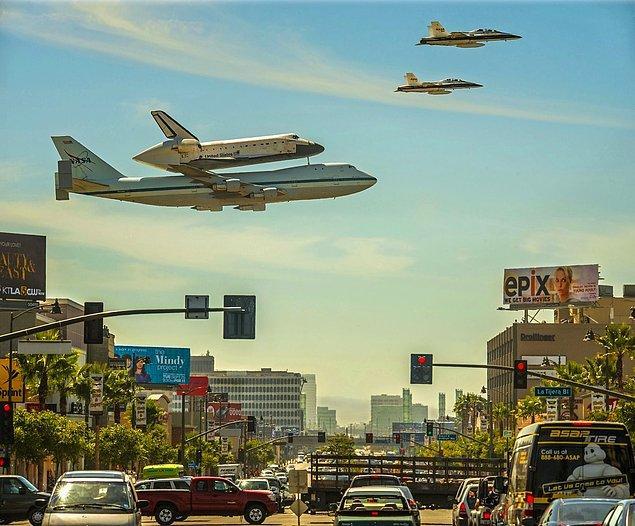 5. Uzay mekiğinin bir 747 ile taşınması