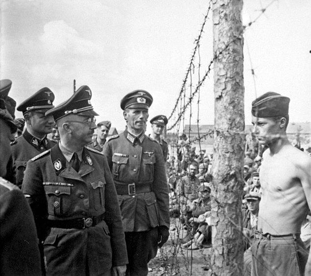 Bu olaylar neticesinde Himmler, kurtuluş yolu kalmadığını anlayınca intihar etmiştir.