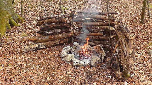 8. Kamp ateşi için reflektör yapın