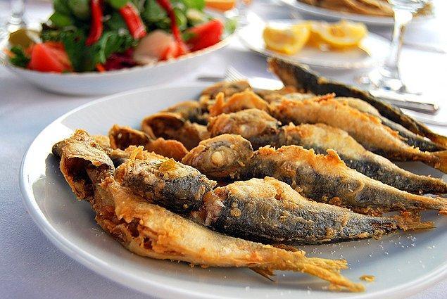 13. Geleneksel Karadeniz mutfağı ve yöresel lezzetlerin bileşimi ile damağınıza lezzet şöleni yaşatabilirsiniz.