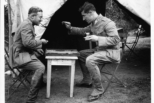 Sabahattin Ali, Kuyucaklı Yusuf'un yayımlanmasının ardından 1940 yılında tekrar askere alınır ve askerliğini yaptıktan sonra Ankara Devlet Konservatuarı'nda 1945'e kadar Almanca öğretmenliği yapar.