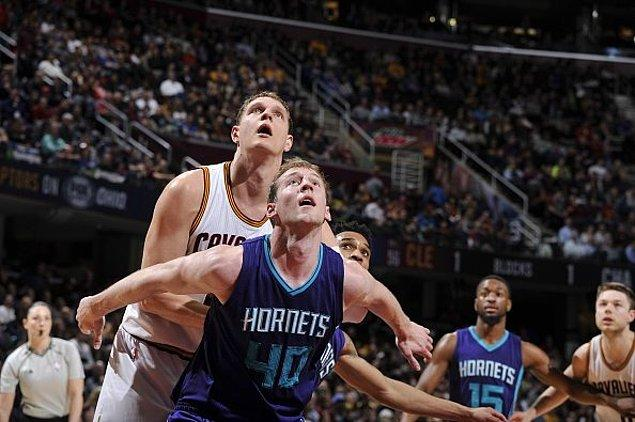Hornets'a Cavaliers freni