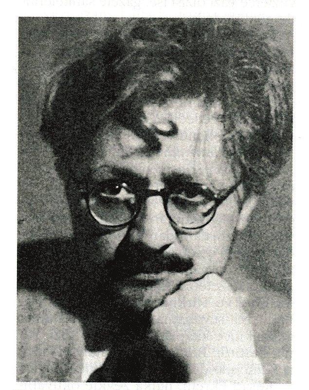 Tarihçi Reşat Ekrem Koçu'nun en yakın arkadaşlarından olan Semavi Eyice, onun çıkarttığı ''İstanbul Ansiklopedisi'' için de birçok katkıda bulundu.