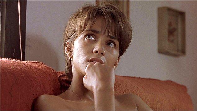"3. ""Monster's Ball (2001)"" filmindeki rolüyle ""Halle Berry"""