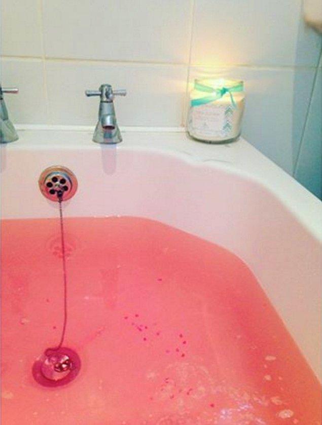 11. Uzun bir banyo keyfi...
