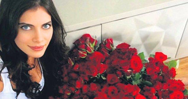 6. Güllerin kraliçesi Ceren Hindistan ise balık burçları nasıl aşk yaşar, hepimize gösterdi!