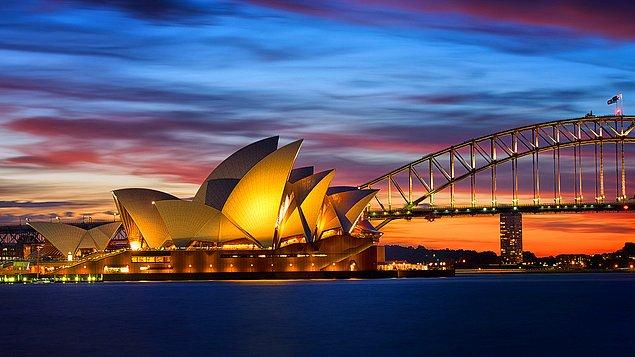 16. Sidney'de bir opera seyredin.