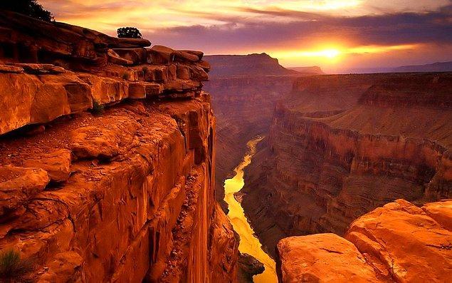 47. Büyük Kanyon'u keşfedin.