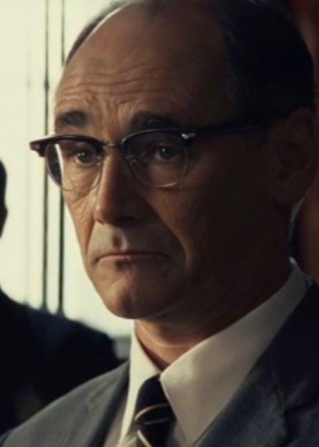 18. Bridge of Spies filmindeki rolüyle Mark Rylance (En İyi Yardımcı Erkek Oyuncu)