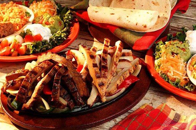 8. Yemek demişken Fajita'dan bahsetmezsem olmaz
